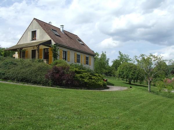 Vrijstaand woonhuis met panoramisch uitzicht, Haute-Marne, Frankrijk